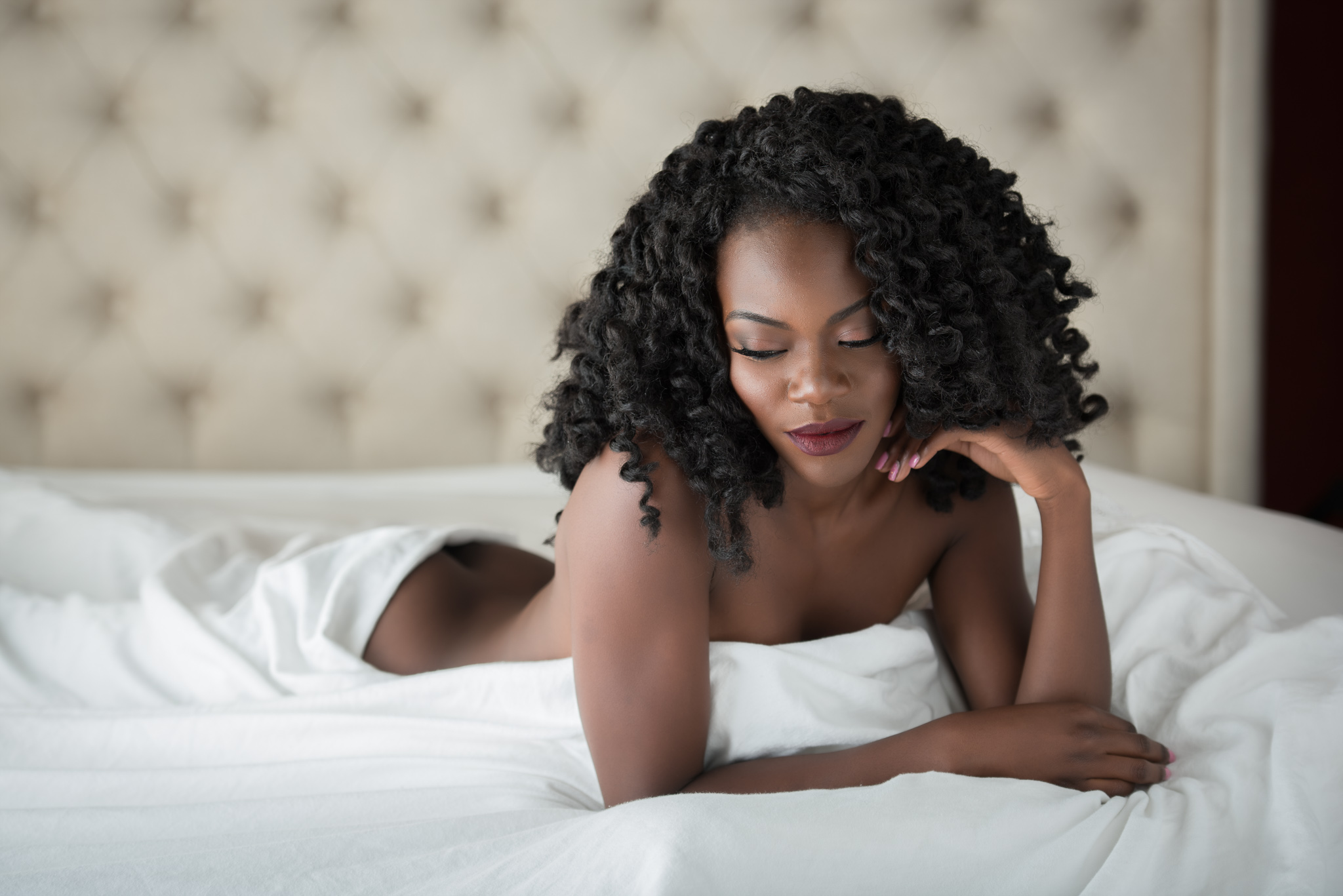 How to Prepare for a Boudoir Photoshoot